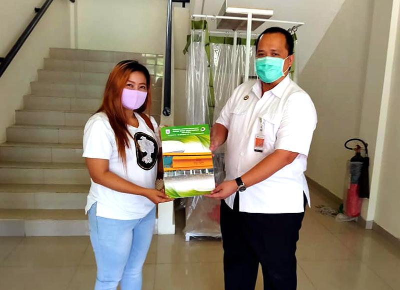 Sembuh Covid-19, Seorang Warga Bogor Dilepas Pulang dari RSUD KSB