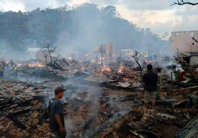 Seratus Rumah Hangus Terbakar di Desa Baturotok Sumbawa