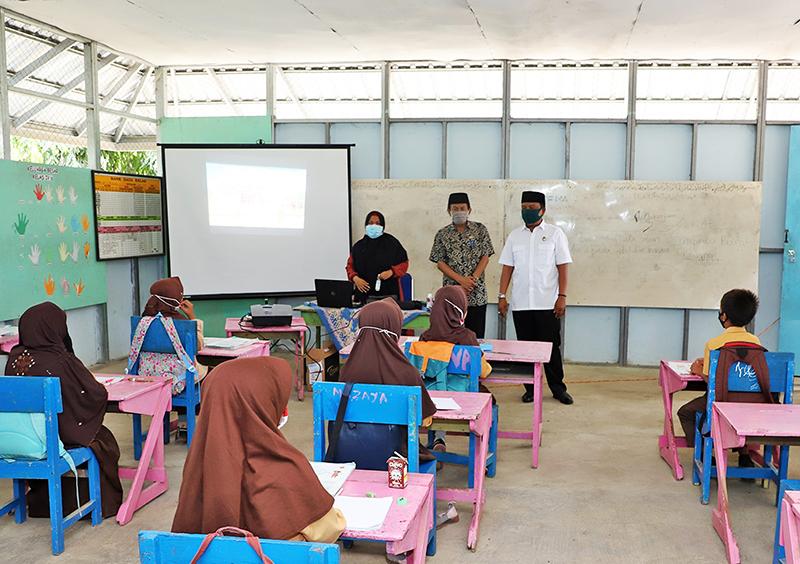 Dalam Sehari, 8 Sekolah Ditinjau Wakil Bupati Sumbawa Barat