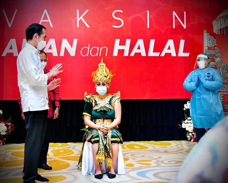 Vaksinasi Massal di Bali 2