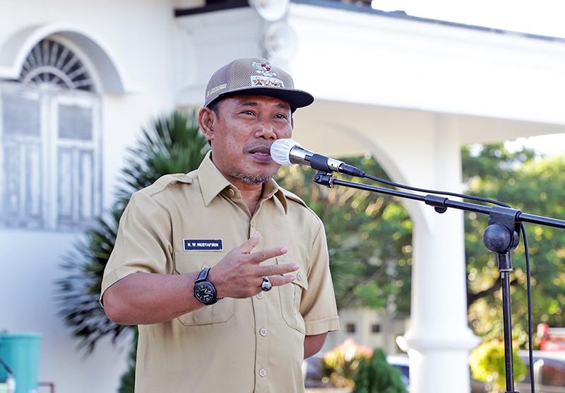 Bupati Terbitkan Aturan Baru Tentang PTT di KSB - Bupati Sumbawa Barat - Dr. Ir. H. W Musyafirin, MM.