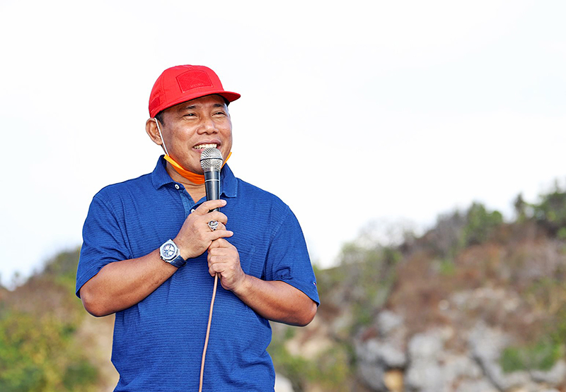 Lahan Bandara Sumbawa Barat Akan Dibayar Seharga Rp 427 Juta - Rp 527 Juta Per Hektar - Bupati Sumbawa Barat - Musyafirin