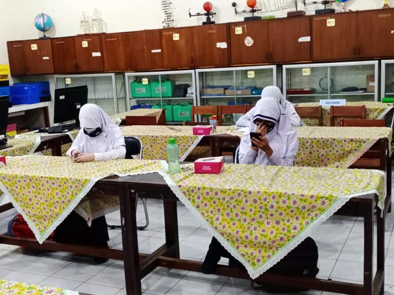 222 Guru dan 156 Siswa Positif Covid-19, PeduliLindungi Bakal Diterapkan di Sekolah - Pembelajaran Tatap Muka Terbatas
